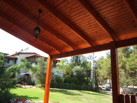 בניית פרגולה לקראת הקיץ