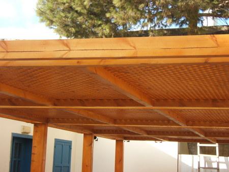 בניית פרגולות עץ אורן איכותי